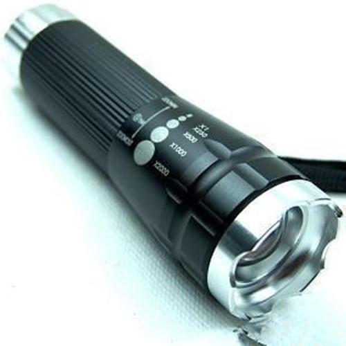 可旋转调焦电筒、伸缩强光手电筒、防水车头前灯 手电筒
