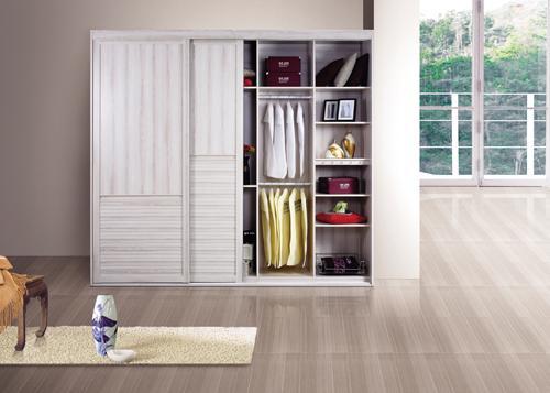 武汉林莱专业定制衣柜橱柜,工厂化装修。
